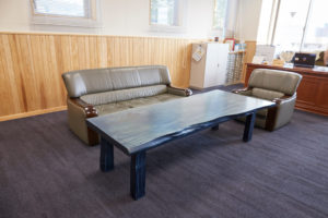 藍染木のテーブル②